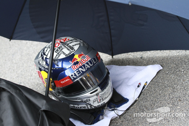 Helm van Sebastian Vettel, Red Bull Racing
