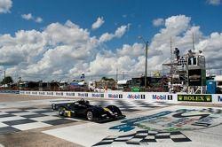 Scott Tucker wint Race #1
