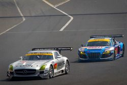 GT300 start: #52 Green Tec & Leaon Racing Team Mercedes-Benz SLS AMG GT3: Hironori Takeuchi, Haruki