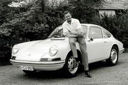 Porsche Typ 901 (T8), met Ferdinand Alexander Porsche (1963)