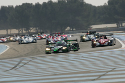 #17 Status GP Lola B12/80 Coupe - Judd HK: Yelmer Buurman, Alexander Sims, Dean Stirling leads the field