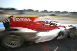 Pit stop for #19 Sébastien Loeb Racing Oreca 03 - Nissan: Stéphane Sarrazin, Nicolas Minassian, Nico