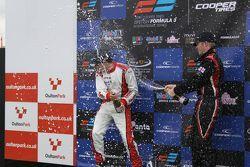 Celebrations with Pipo Derani, Pietro Fantin