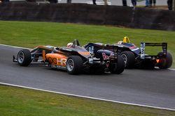 Carlos Sainz Jr. and Harry Ticknell battle