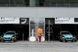 BMW Team Vita4one garage