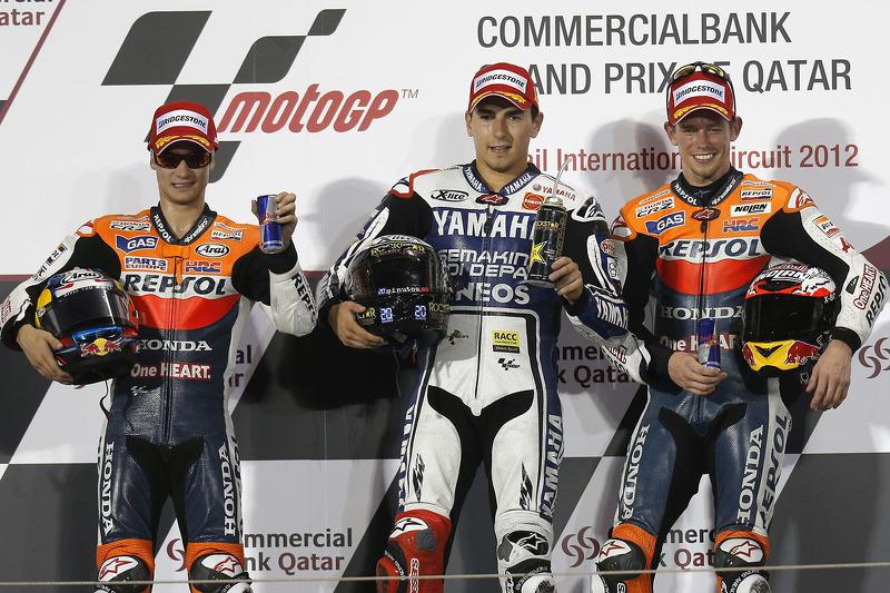 Podio: 1º Jorge Lorenzo, 2º Dani Pedrosa, 3º Casey Stoner