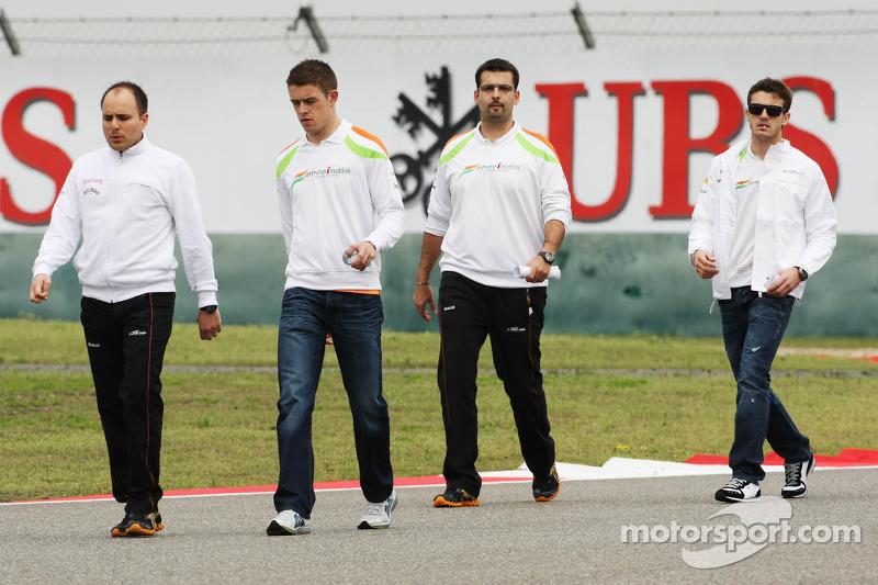 Paul di Resta, Sahara Force India F1 pist yürüyüşü ve Jules Bianchi, Sahara Force India F1 Team Üçün