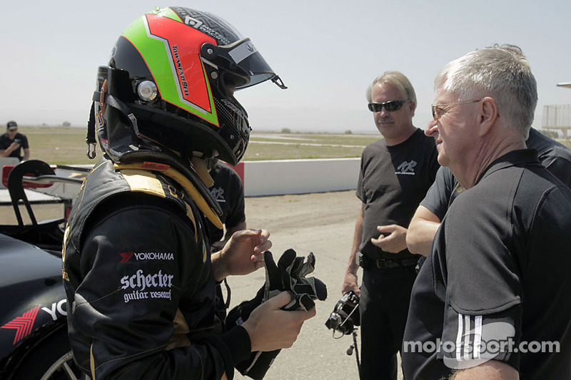 Townsend Bell met de Lotus Evora GTE