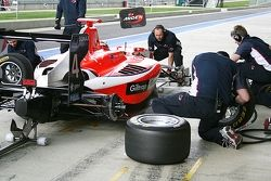 Pit stop practice for MW Arden (Mitch Evans)