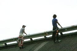 Pipo Derani and Pietro Fantin atop the Monza banking