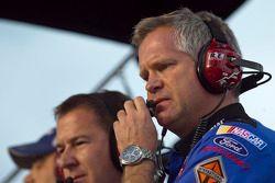 Bob Osborne, crew chief for Carl Edwards