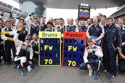 Bruno Senna, Williams and Pastor Maldonado, Williams wish Frank Williams, Williams Team Owner a Happ