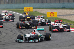 Michael Schumacher, Mercedes AMG F1 start van de race