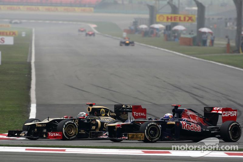 Kimi Raikkonen, Lotus F1 Team en Jean-Eric Vergne, Scuderia Toro Rosso