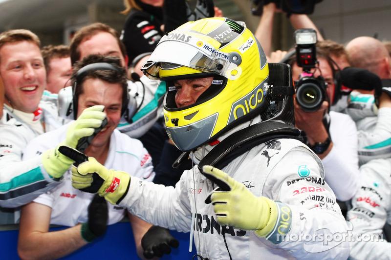 Ganador de la carrera Nico Rosberg, Mercedes AMG F1 celebra