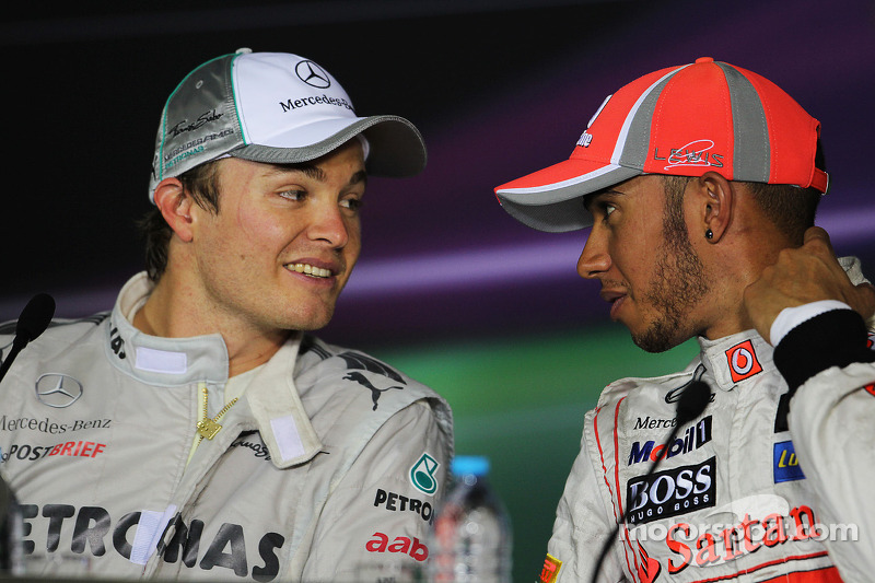 Conferencia de prensa: ganador de la carrera Nico Rosberg, Mercedes AMG F1, tercer lugar Lewis Hamilton, McLaren