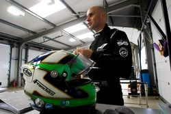 Marino Franchitti tests the DeltaWing