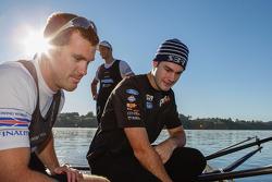 Shane Van Gisbergen traint met wereldkampioen roeien Nathan Cohen