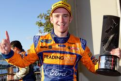 Race winnaar Will Davison