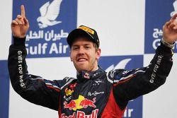 Sieger Sebastian Vettel, Red Bull Racing feiert auf dem Podium