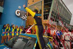 Victory lane: winnaar GS en Matt Plumb