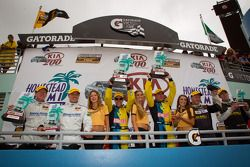 GS podium: winnaars klasse en algemeen Matt Plumb en Nick Longhi, 2de David Empringham en John Faran