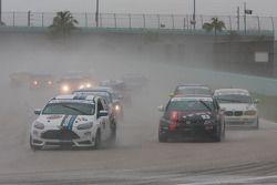 #16 Multimatic Motorsports Ford Focus ST-R: Bret Seafuse; #93 HART Honda Civic SI: Chad Gilsinger, Michael Valiante