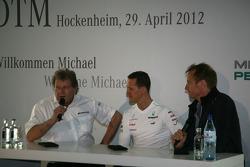 Norbert Haug, Mercedes-Sportchef, Michael Schumacher, Mercedes Grand Prix