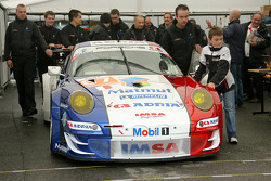 #67 IMSA Performance Matmut Porsche 911 RSR (997): Nicolas Armindo, Raymond Narac, Anthony Pons