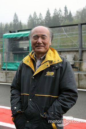 Хироси Фусида, выступавший в Формуле 1 в 1975 году за команду Maki
