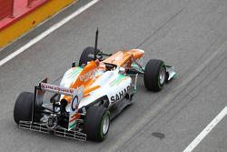 Paul di Resta, Sahara Force India Formula One Team con un dispositivo aerodinámico