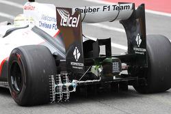 Sergio Pérez, Sauber F1 Team con el sensor en la rueda trasera