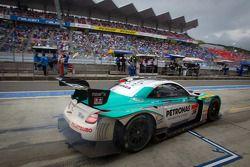 Pitstop #36 Lexus Team Petronas Tom's Lexus SC430: Kazuki Nakajima, Richard Lyons