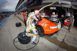 Pitstop #66 A Speed Aston Martin V8 Vantage: Hiroki Yoshimoto, Kazuki Hoshino