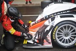 Pecom Race tape repair