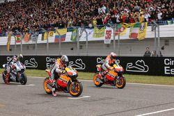 Inicio: Casey Stoner and Dani Pedrosa, Repsol Honda Team