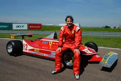 Jacques Villeneuve met vader's 312 T4