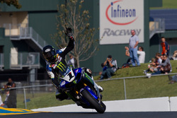 Josh Hayes waves to the crowd after winning SuperBike Race #1