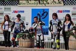 SportBike Race #2 Podium: Eerste Jason DiSalvo, tweede Tommy Hayden, derde Joey Pascarella