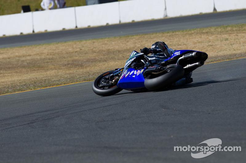 Josh Hayes verliest controle in Race #2