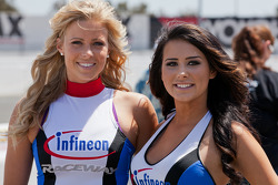 Infineon Raceway Girls