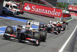 Sergio Pérez, Sauber, Kamui Kobayashi, Sauber y Felipe Massa, Ferrari en pits