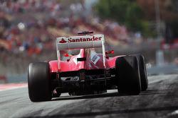 Fernando Alonso, Scuderia Ferrari leaves the pits