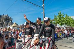 Anthony Davidson, Sébastien Buemi, Kazuki Nakajima, Toyota Gazoo Racing