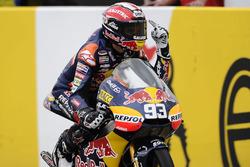Yarış galibi Marc Marquez
