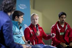 Dario Franchitti with Nelson Piquet Jr., NEXTEV TCR Formula E Team, Felix Rosenqvist, Mahindra Racing, and Lucas di Grassi, ABT Schaeffler Audi Sport