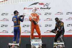 Подіум: переможець Джозеф Ньюгарден, Team Penske, друге місце Александр Россі, Herta - Andretti Autosport, третє місце Джеймс Хінчкліфф, Schmidt Peterson Motorsports