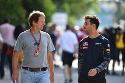 Daniel Ricciardo, Red Bull Racing talks with Michael Schmidt, Journalist