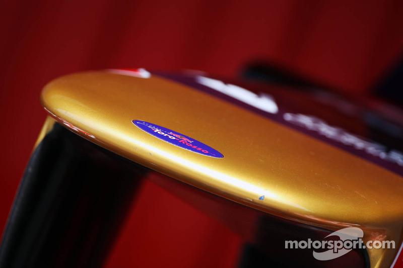 Scuderia Toro Rosso nosecone