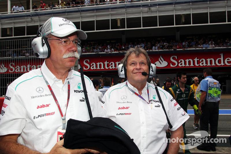Норберт Хауг еще работал в Mercedes в Ф1